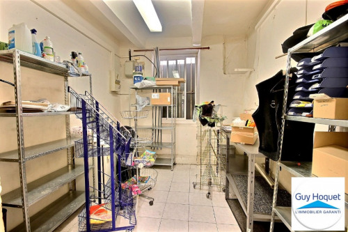 Sale - Empty room/Storage - 40.29 m2 - Septèmes les Vallons - Photo
