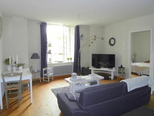 Rental apartment Cognac 537€ CC - Picture 1