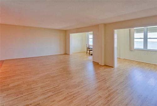 Sale - Studio - 179.77 m2 - Dunedin - Photo