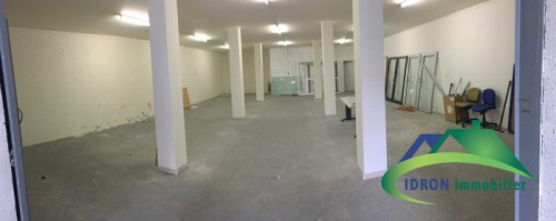 Location - Entrepôt - 300 m2 - Pau - Photo