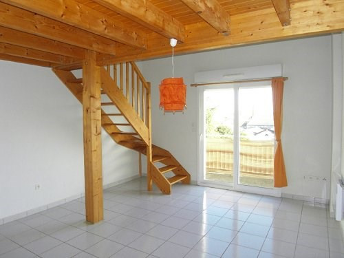 Location appartement Cognac 395€ CC - Photo 1