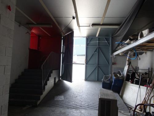 Vente - Entrepôt - 750 m2 - Nanterre - Photo