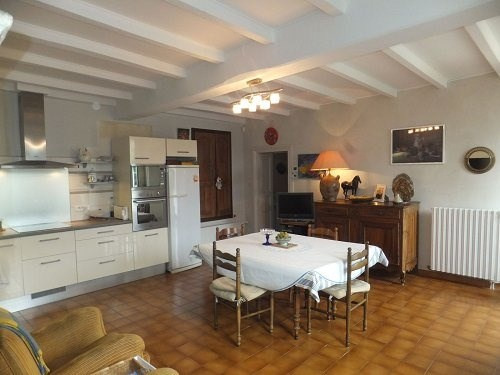 Sale house / villa Entre cognac et burie 530 000€ - Picture 4