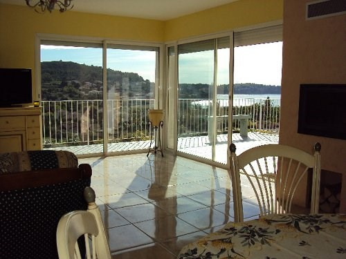 Rental house / villa Istres 1 500€ CC - Picture 3