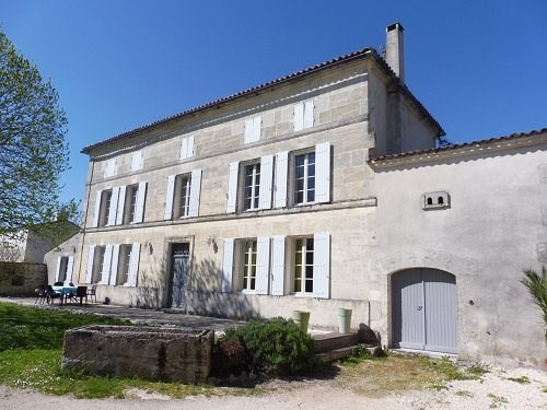 Vente maison / villa 5 mn sud cognac 299000€ - Photo 1