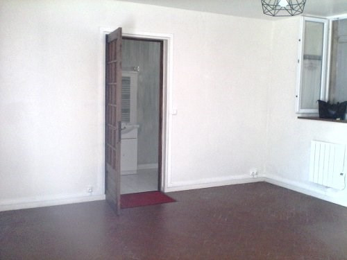 Location appartement Bu 407€ CC - Photo 2