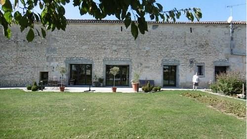 Sale house / villa 8 mn ouest cognac 262150€ - Picture 5