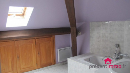 Location - Appartement 2 pièces - 40 m2 - Pontarlier - Photo