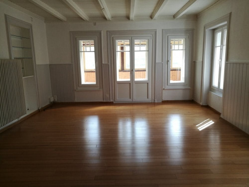 出租 - 公寓 5 间数 - 125 m2 - Le Locle - Photo