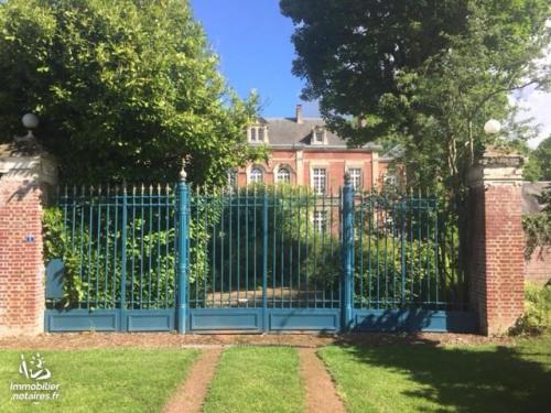 Vente de prestige - Villa 11 pièces - 550 m2 - Ignaucourt - Photo