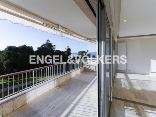 Vente de prestige - Appartement 3 pièces - 95,31 m2 - Cannes - Photo