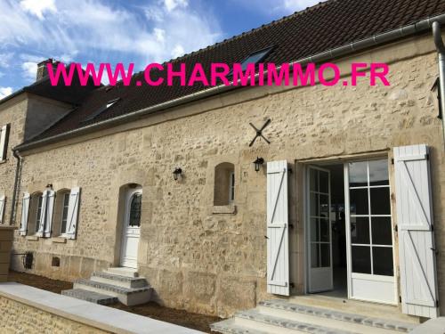 Vente - Maison / Villa 4 pièces - 129 m2 - Senlis - Façade principale - Photo
