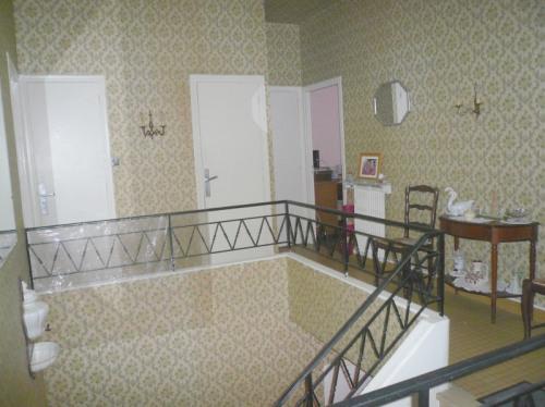 Vente - Pavillon 8 pièces - 190 m2 - Carcassonne - Photo