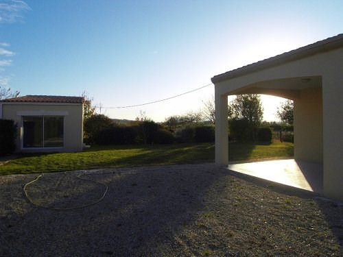 Rental house / villa 10 mn sud cognac 975€ CC - Picture 2