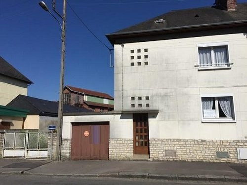 Sale house / villa Aumale 157000€ - Picture 1