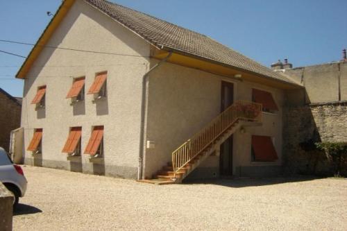 Location - Appartement 2 pièces - 42 m2 - Beaune - Photo