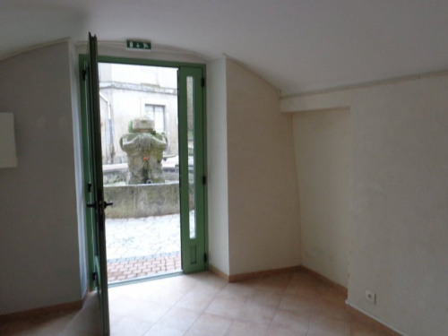 Location - Local commercial - 20 m2 - Saint Ambroix - Photo