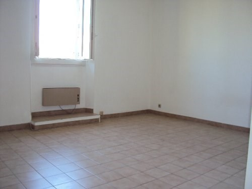 Location appartement Martigues 430€ CC - Photo 2