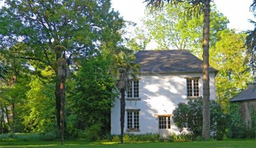 Revenda residencial de prestígio - casa antiga 9 assoalhadas - 190 m2 - Rennes - Photo