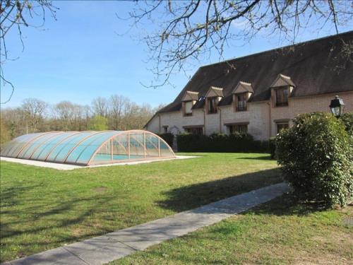 Deluxe sale - Property 14 rooms - 800 m2 - Ménestreau en Villette - Photo