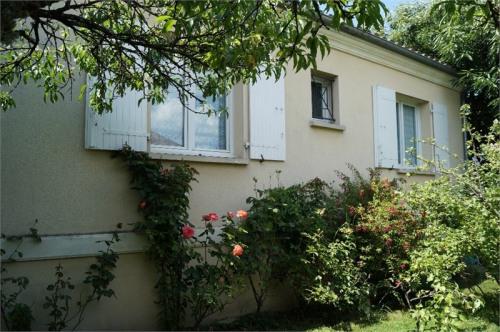 Vente - Maison / Villa 7 pièces - 150 m2 - Mérignac - Photo