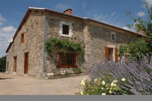 Alquiler temporal  - Casa de piedra  3 habitaciones - 60 m2 - Bussière Badil - Photo