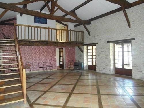 Location maison / villa Entre cognac et jarnac 990€ +CH - Photo 1