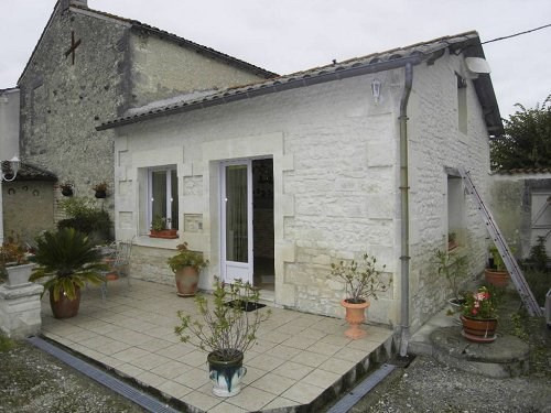 Location maison / villa 10 mn sud cognac 515€ CC - Photo 2