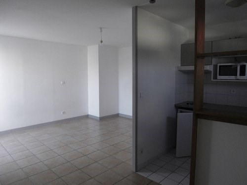 Location appartement Cognac 397€ CC - Photo 1