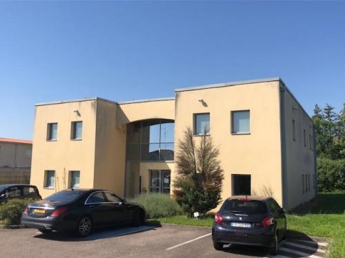 出租 - 办公处 - 541 m2 - Peltre - Photo