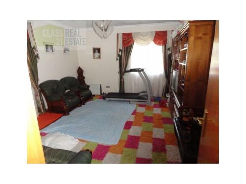 出售 - 城市房屋 7 间数 - 192 m2 - São Roque - Photo