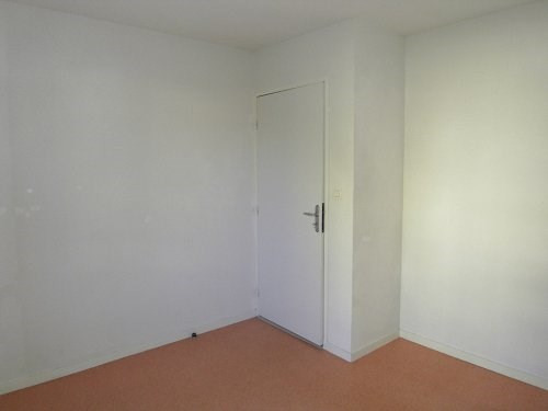 Rental apartment Cognac 374€ CC - Picture 3