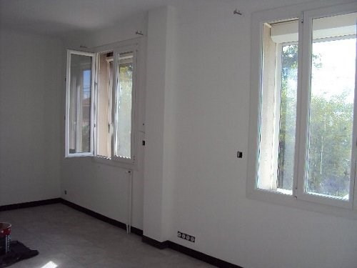Location maison / villa Marignane 1 198€ +CH - Photo 2