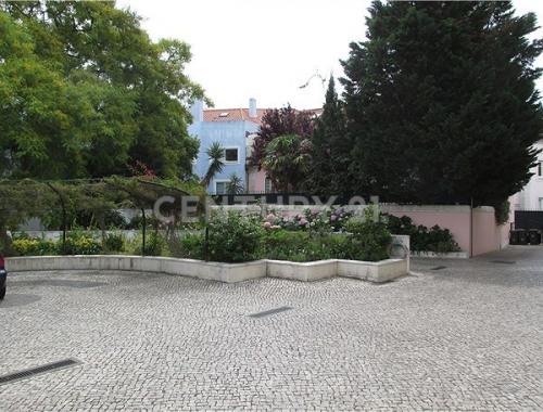 出租 - 公寓 3 间数 - 134 m2 - Póvoa de Lisboa - Photo