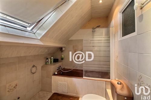 Vente - Villa 5 pièces - 132 m2 - Ozoir la Ferrière - Photo