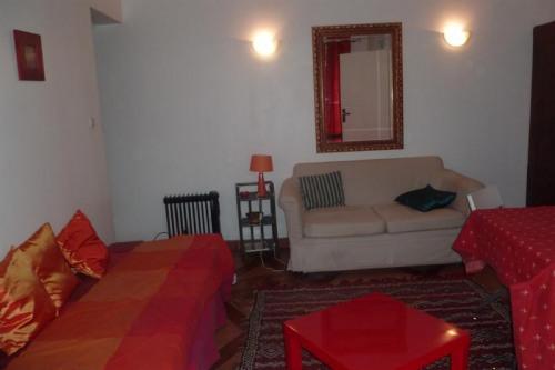 Tijdelijk verhuren  - Appartement 2 Vertrekken - 33 m2 - Grosrouvre - Salon - Photo