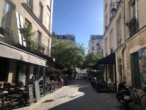 Commercial lease transfer - Shop - 45 m2 - Paris 4ème - Photo
