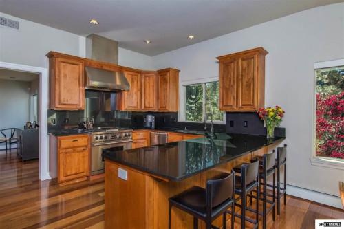 Verkauf - verschieden Objekt - 355,08 m2 - Zephyr Cove - Photo