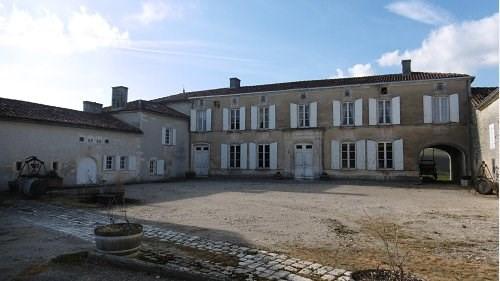 Vente de prestige maison / villa St preuil 988000€ - Photo 2