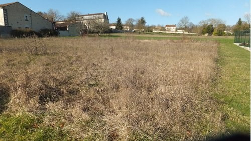 Vente terrain 10 mn sud cognac 33 000€ - Photo 1