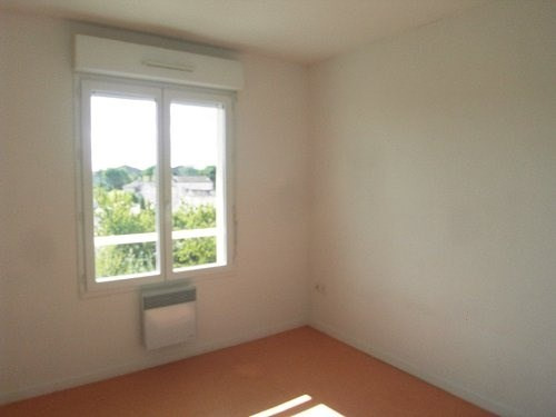 Rental apartment Cognac 367€ CC - Picture 6