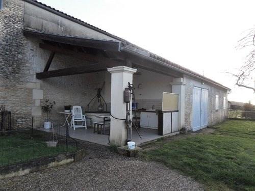 Sale house / villa Burie 171200€ - Picture 3