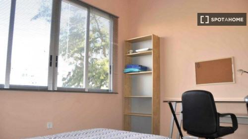 Locação - Apartamento 4 assoalhadas - 98 m2 - Valencia - Photo