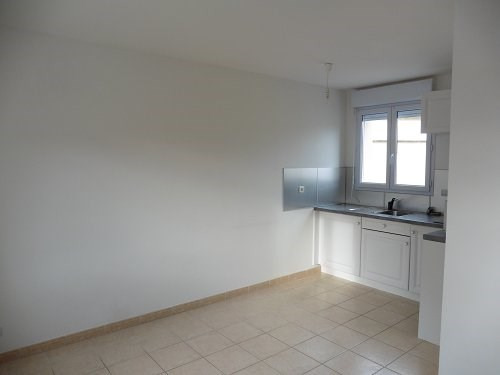 Location maison / villa Bu 606€ CC - Photo 2