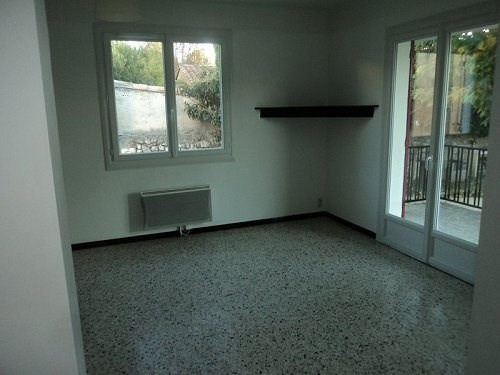 Location maison / villa Marignane 980€cc - Photo 4