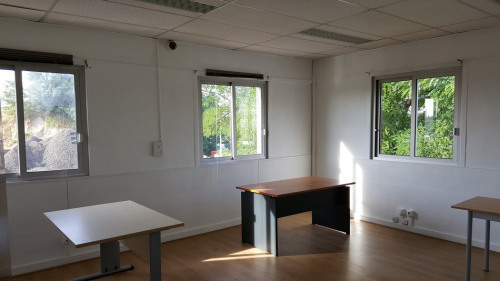 Rental - Office - 174 m2 - Neuilly sur Marne - Photo