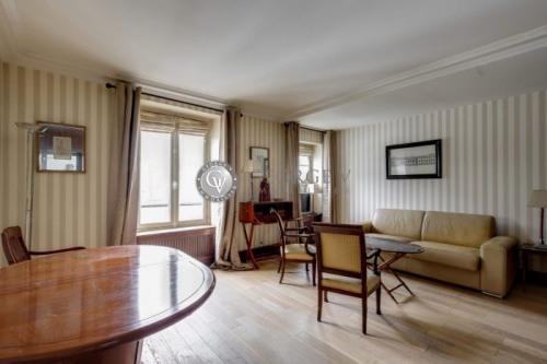 Location - Villa 1 pièces - 35 m2 - Paris 16ème - Photo