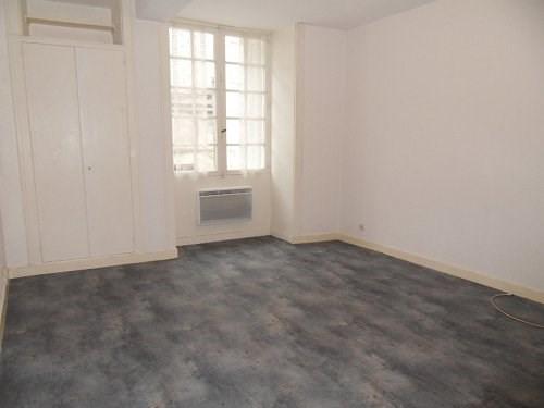 Rental apartment Cognac 280€ CC - Picture 2
