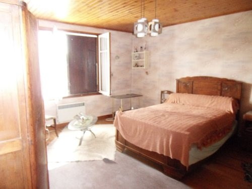 Sale house / villa Lonzac 101650€ - Picture 5
