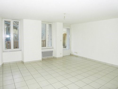 Location appartement Archiac 514€ CC - Photo 2